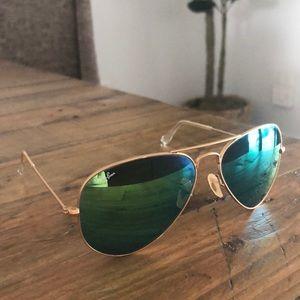 Ray-Ban Aviator Flash Sunglasses in Green